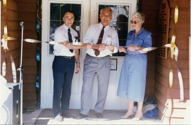 Grand Opening S.A. Museum 1990-1.jpg