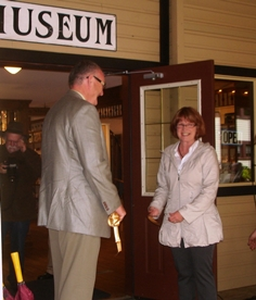 Ribbon cutting 2012 exhibit.jpg